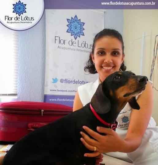 entrevista-com-a-Dra.-Carolinne-Torres
